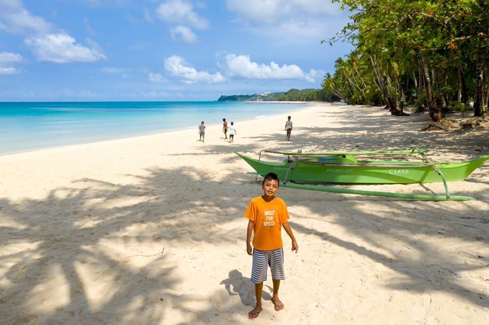 Ranggo Magazine-A Beach to themselves. Photo: Boracay From The Sky