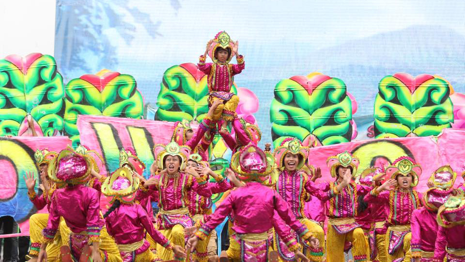 Visayan Festivals Sinulog by Chang Euldan