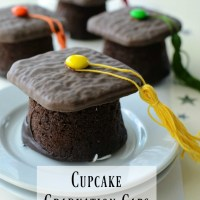 Cupcake Graduation Caps