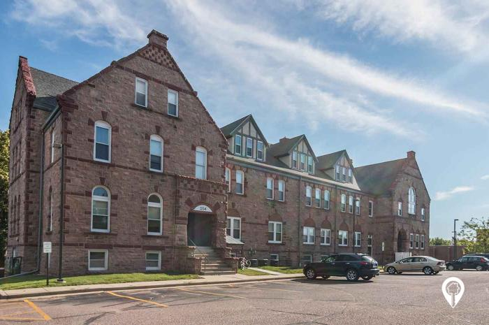 Olde School Building Apartments In Sioux Falls SD
