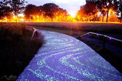 Van Gogh-Roosegaarde cycle path travel photo blog Myriam Leforestier