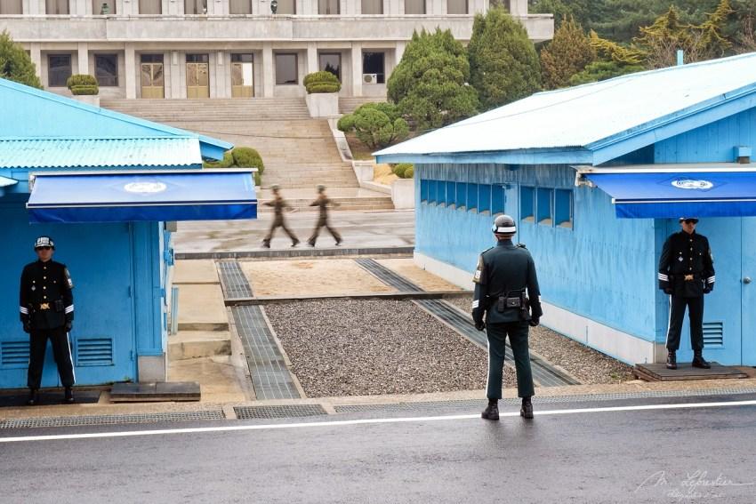 border South and North Korea at the JSA