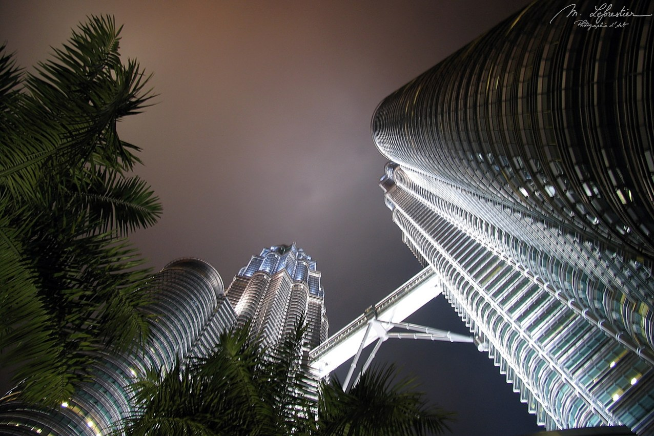Skybridge Petronas Towers night Kuala Lumpur Malaysia inspiration highlights travel photographer tallest in the world