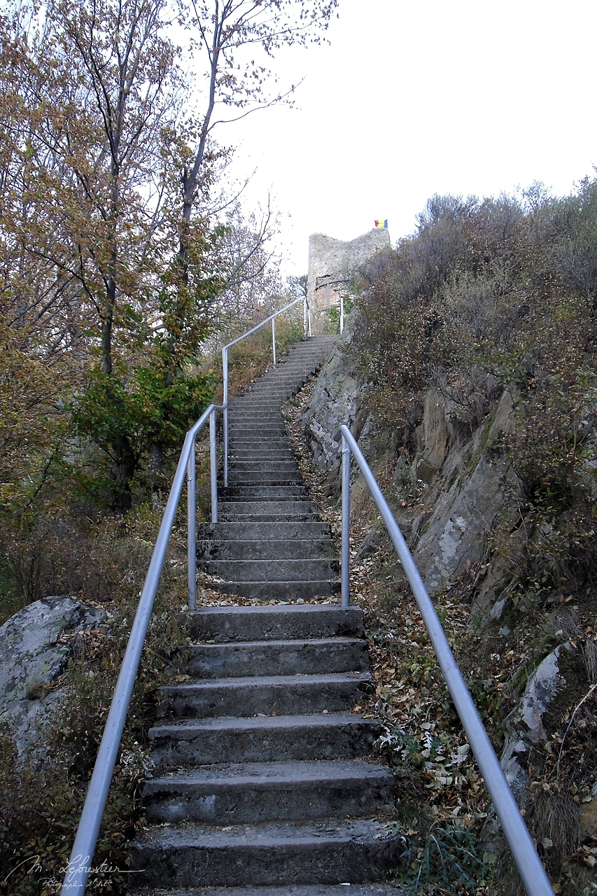 almost 1500 steps must be climbed to reach the Poenari castle of Dracula