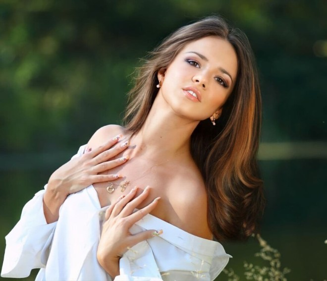 Natali russian brides wedding gown