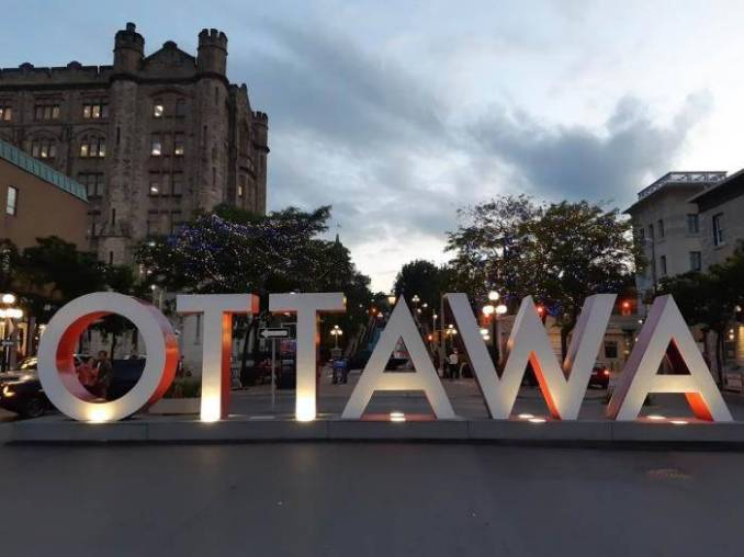 2020 University of Ottawa Faculty of Arts Dean's Merit International Scholarship  – Canada