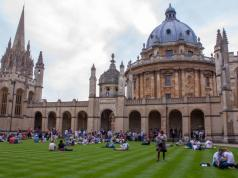 Oxford University Simon & June Undergraduate Scholarships 2017