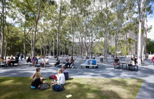 http://www.mq.edu.au/study/international-students/scholarships/muis/vcis-closing-dates