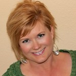 Liz Applegate | Certified Life Coach, Podcaster and Founder of Midlife Schmidlife