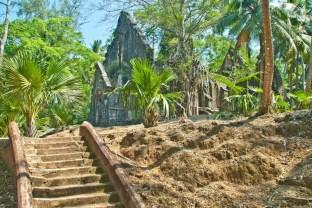 Church ruinx in Ross Island