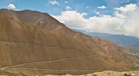 drive from leh to pangong lake52