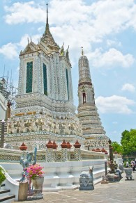 Wat arun temple compound_1