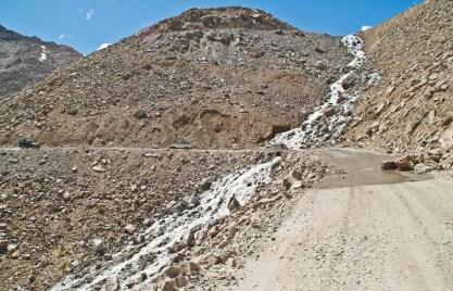 Water stream leh to nubra valley via khardung la