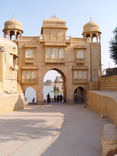 Gate Gadisar Lake - Jaisalmer's places to visit