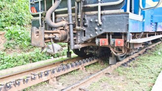 Abt rack and pinion system with train of Nilgiri Mountain railway