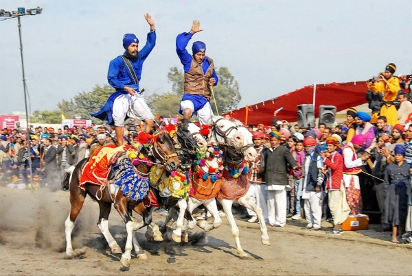 Hola Mohalla festivals of India