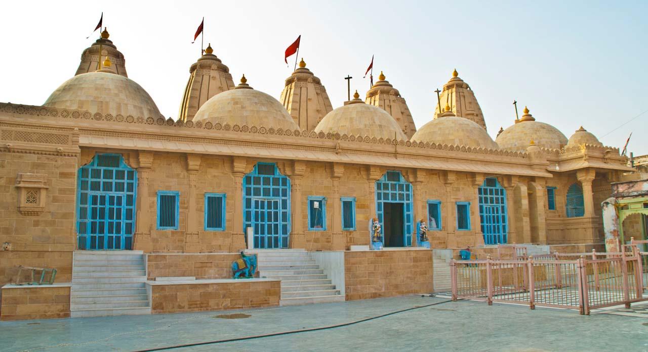 A Trip to Land's End Koteshwar, Lakhpat & Mata No Madh
