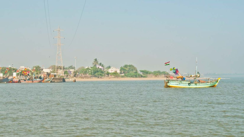 Sea, beach and boat, Somnath