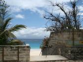 Elbow Beach entrance