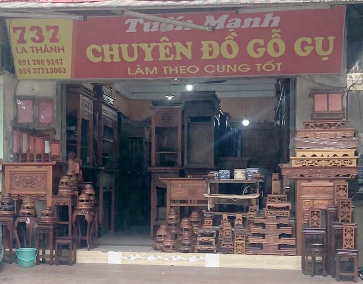 cửa hàng đồ gỗ gụ Tuấn Mạnh 737 Đê La Thành