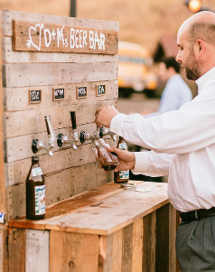 rustic-wedding-beer-bar_Medium_ID-699081