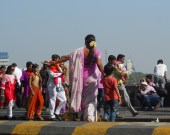 Devant l'hôtel du Taj mahal à Bombay (India),  © ChPL dec.2013