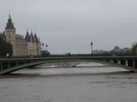 La Seine en crue, vue sur le Pont Notre Dame - ©ChPL 2 juin 2016