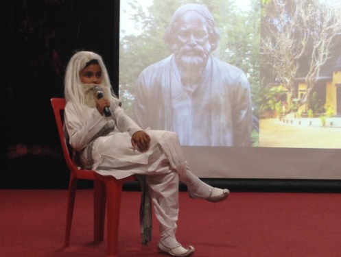 Arjyo dressed as Tagore!