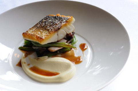 Montagu Arms Sea Bass with Bacon and Red Wine Sauce Low