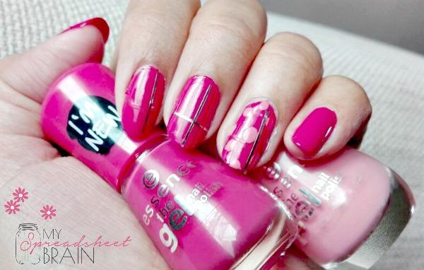 festive nail art