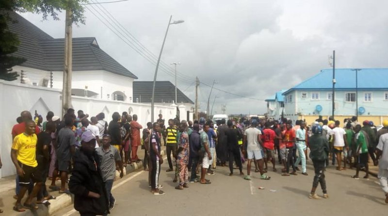 protesters at Ambode resident