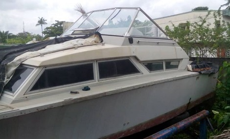 SAD!! 11 Corpses Found In Rivers Abandoned Boat