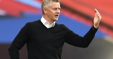Solskjaer confirms blow ahead of Arsenal clash, Donny van de Beek sends message to Solskjaer