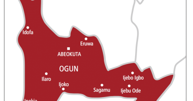 Protest as govt demolishes houses in Ogun