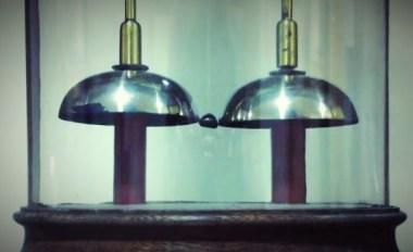 De elektrische bel van Oxford - hij rinkelt sinds 1840! 6