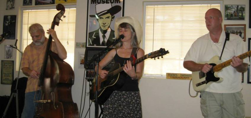 Mystery Hillbillies at Prissy Polly's