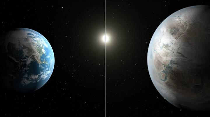 Comparación entre la Tierra y Kepler-452b.