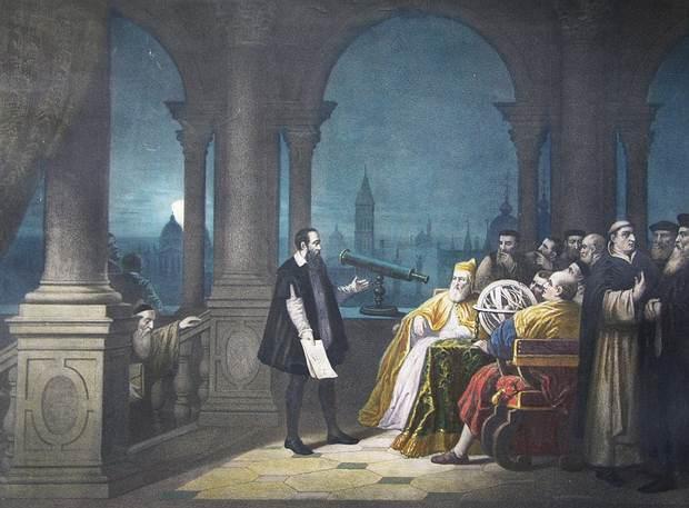 Telescopio de Galileo. A la Rosacruz se le atribuye la revolución de la ciencia moderna.