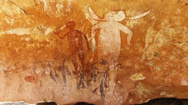 Seres humanoides gigantes retratados en una de las tantas pinturas en Kimberley.