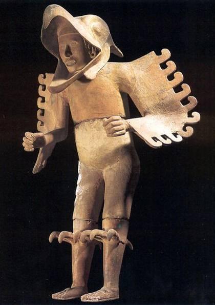 Estatua de Guerrero Águila (cuāuhpilli).