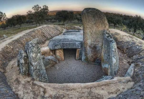 El dolmen de Lácara. Extremadura, España.