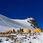 Impactantes imágenes revelan la contaminación del Monte Everest