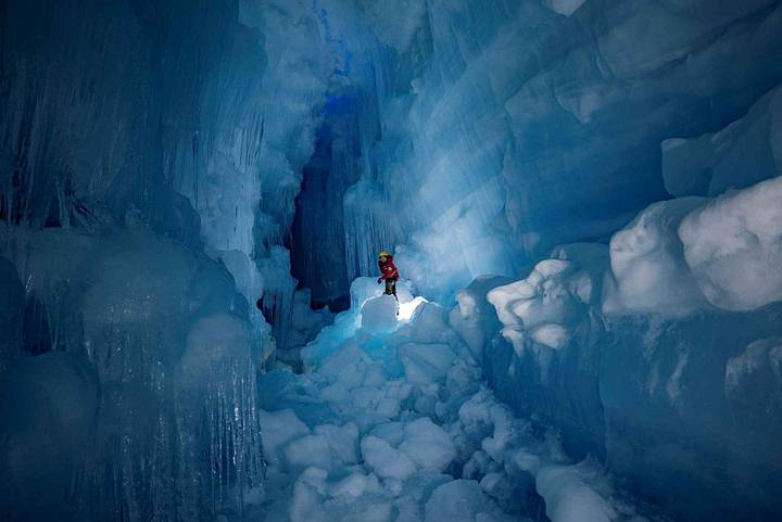 Underground Cave found in Antarctica