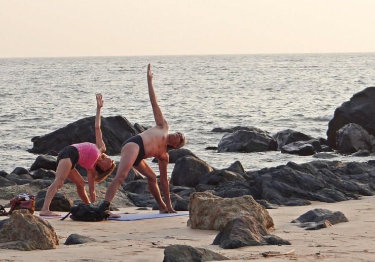 Top Reasons Why Beach Yoga Will Benefit You