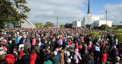 "Incredible Story – 14 Year Old Boy Says the Virgin will appear – Watch crowds flock to Knock Shrine as 'image of Virgin Mary' appears in clouds ""Our lady appeared in knock today . Astonishing Never get over what i  have seen. Please watch."""