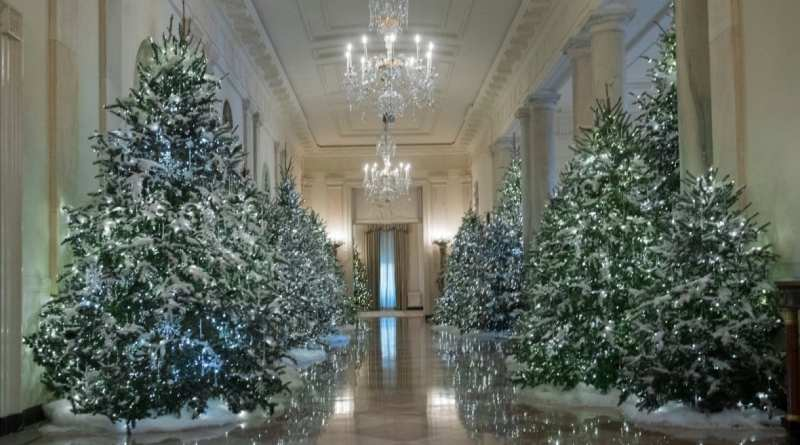 mystic post - The White House Christmas Decorations 2017