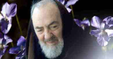 "Padre Pio: ""I  give you the shortcut to Heaven""….""It is the sea through which the shores of eternal splendors are reached."""