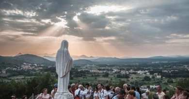 """Medjugorje exists because God wanted it!""…Here Mary calls sinners, and touches them in the weak spot.."
