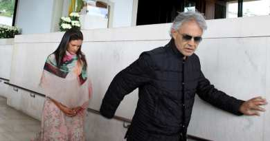 "Andrea Bocelli at Fatima: Mary is the path to get to God""."