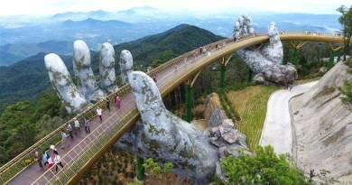 Amazing:  Giant hands lift new Vietnam bridge toward heavens..Also Video